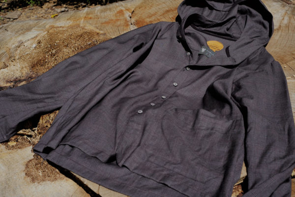 BLACKBIRD – hooded slant shirt –