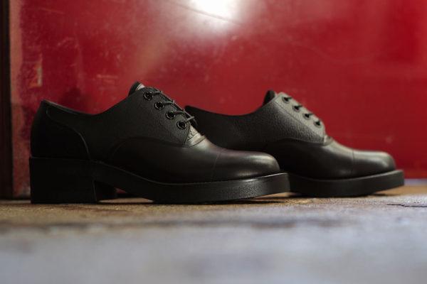 "foot the coacher ""Lo-Shoes"""